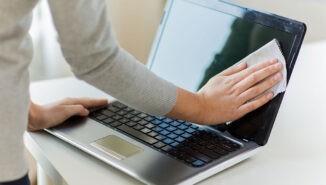 تمیز کردن صفحه لپ تاپ یا مانیتور با 3 روش